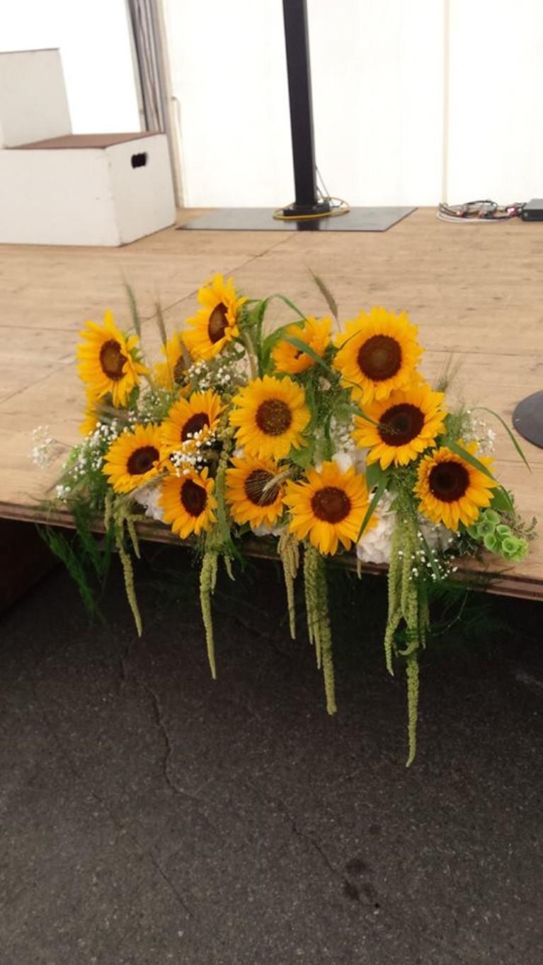 Dekoration Event Sonnenblumen Unterseen Interlaken