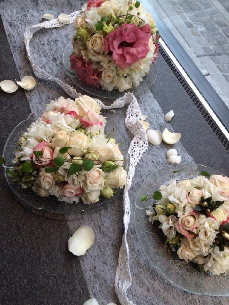 Hochzeit Blumen Frühling Unterseen Interlaken
